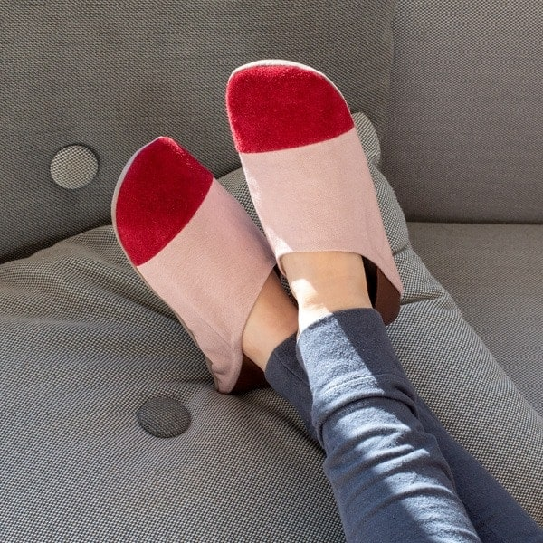 Slippers_2_600x600_0000_Layer-19